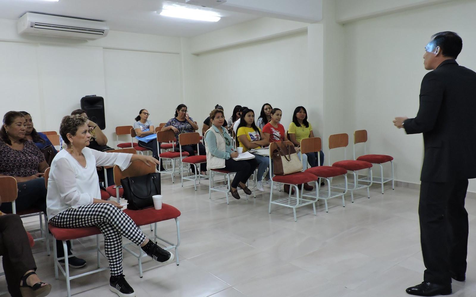 Creación de Presentaciones Interactivas para la Educación